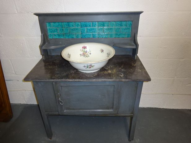Mahogany Marble Top Wash Stand on Castor's