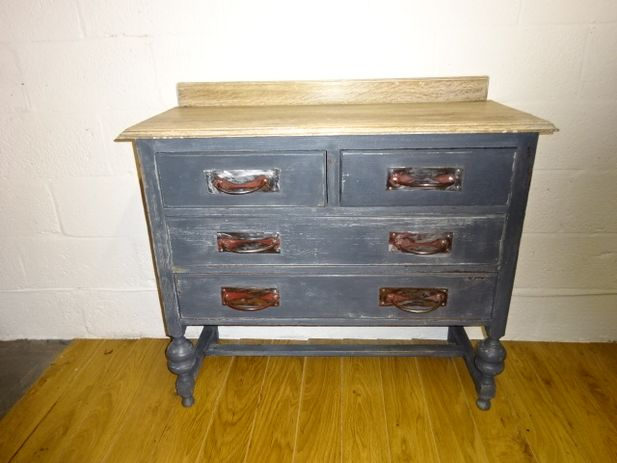 Edwardian Solid Oak 2 over 2 Chest of Drawers